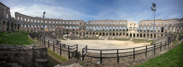 Antico anfiteatro romano a pola, in croazia