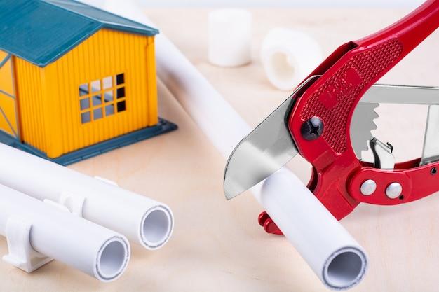 Approvvigionamento idrico a casa. concetto di miglioramento domestico