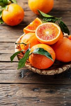 Arance rosse dolci della sicilia