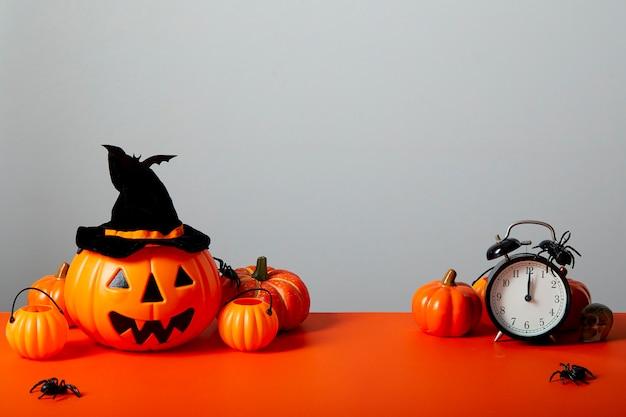 Arancia del pavimento della lanterna della zucca di halloween