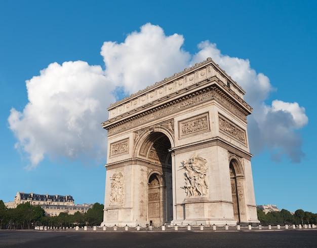 Arc de triumph a parigi, francia