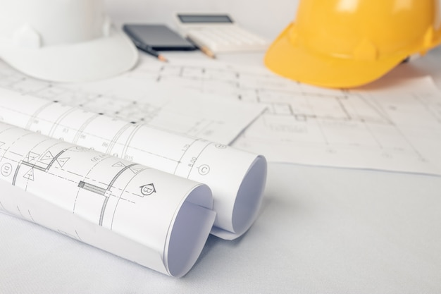 Architetto, concetto di ingegnere, rappresenta lo stile di lavoro di architetti, ingegneri con disegni costruttivi