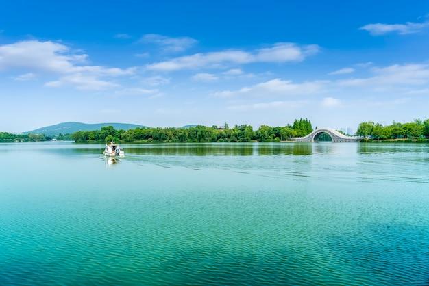 Architettura del paesaggio e paesaggio naturale del lago yunlong a xuzhou