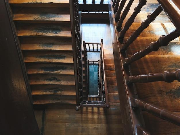 Architettura di scale in legno