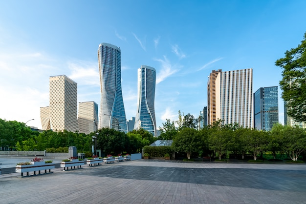 Architettura moderna di skyline urbano