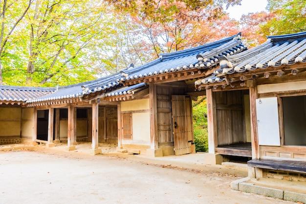 Architettura nel palazzo di changdeokgung nella città di seoul in corea