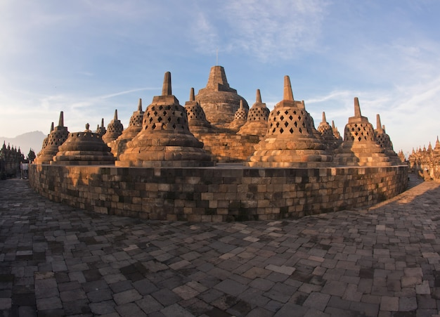 Architettura tempio di borobudur