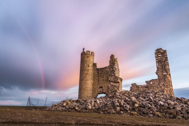 Arcobaleno sul castello