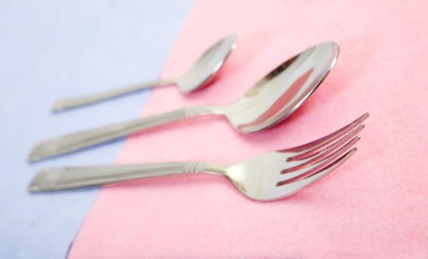 Argento e cucchiaio d'argento