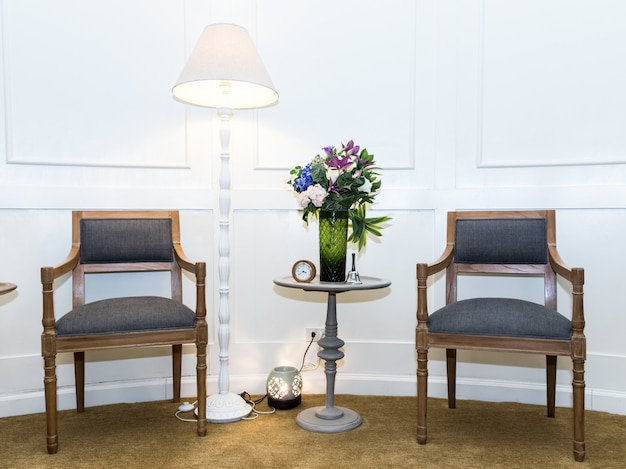 Arredamento per sedie vintage in casa