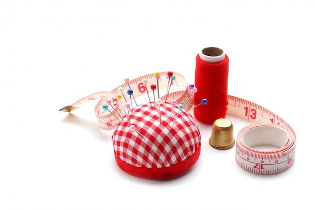 Articoli da cucire rossi