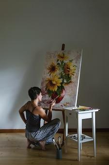 Artista al lavoro