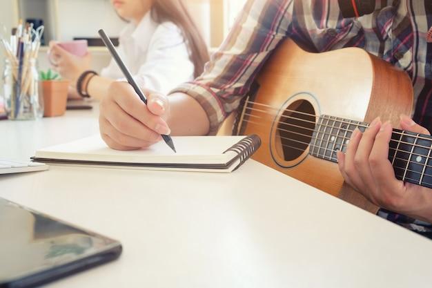 Artista ritmato da musicista