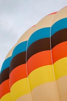 Ascensione del festival delle mongolfiere