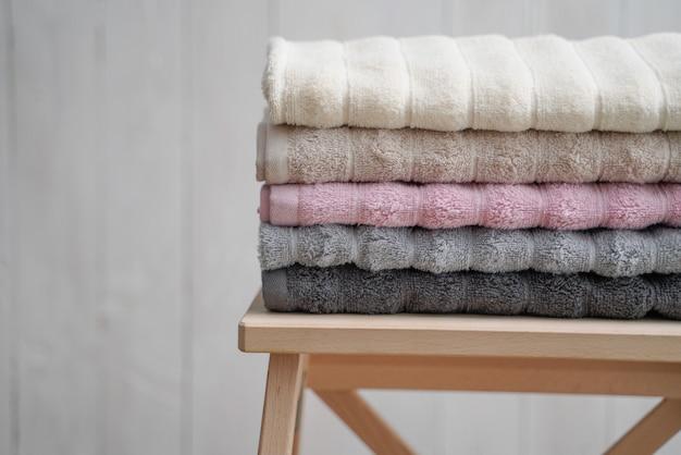 Asciugamano di cotone con vari colori