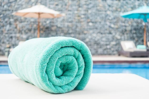 Asciugamano per piscina