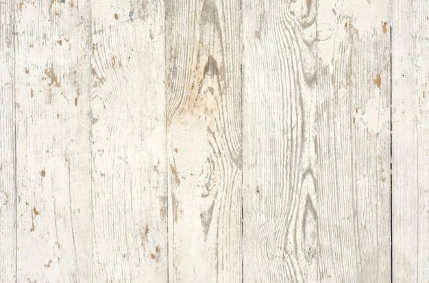 Assi di legno ricoperte di vecchia vernice scrostata