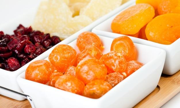 Assortimento di frutta secca diversi da vicino