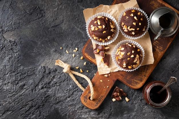 Assortimento di prodotti da forno dolci vista dall'alto