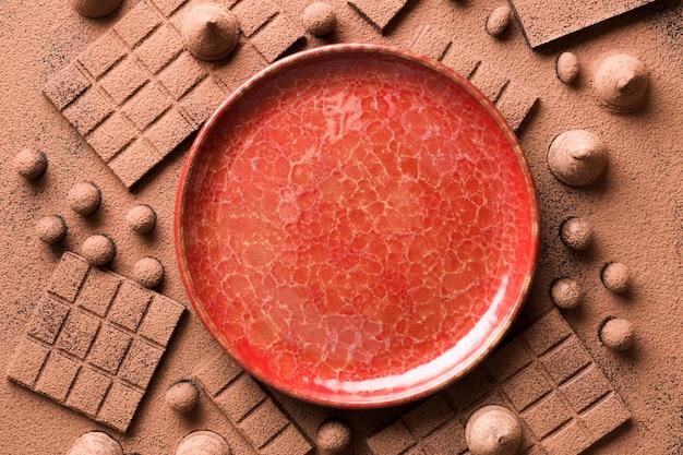 Assortimento piatto con cioccolato