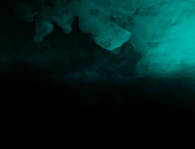 Astratta foschia azzurra nell'oscurità
