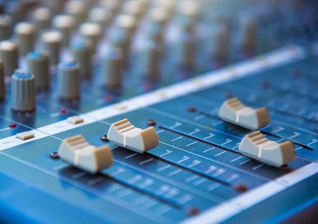 Attrezzatura audio del tecnico del suono,
