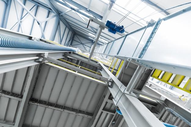Attrezzatura di industria di produzione della vetroresina al fondo di fabbricazione