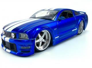 Auto giocattolo, vintage, velocità