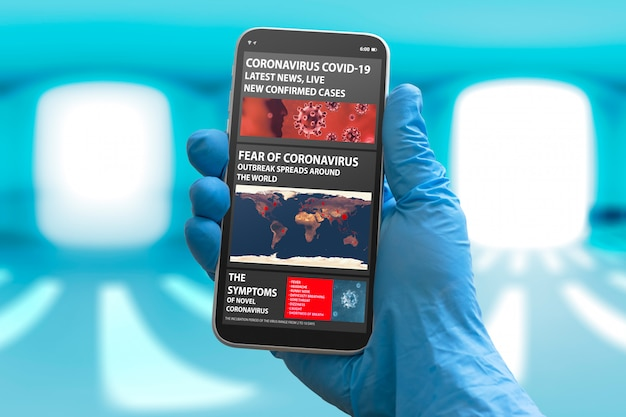 Avvisi di coronavirus su uno smartphone