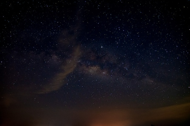Backglound di notte del cielo della galassia della stella della via lattea