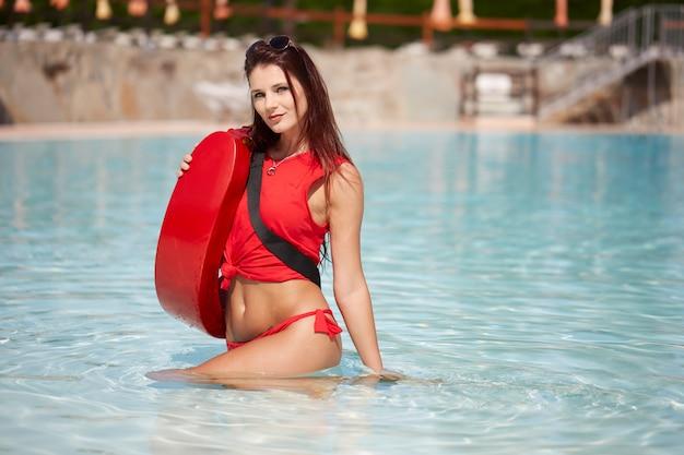 Bagnino in piscina