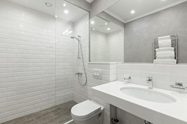 Bagno delle camere d'albergo