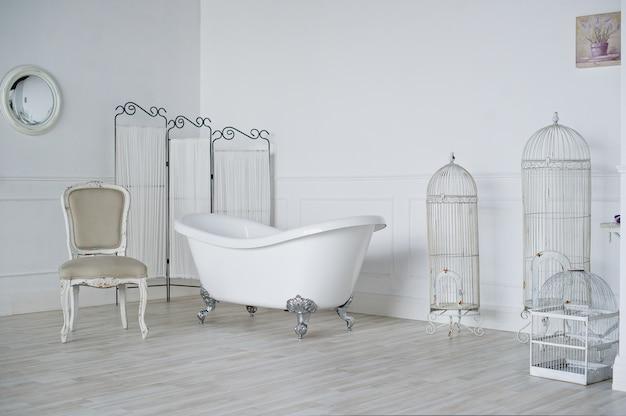 Bagno in stile provenzale in soppalco studio