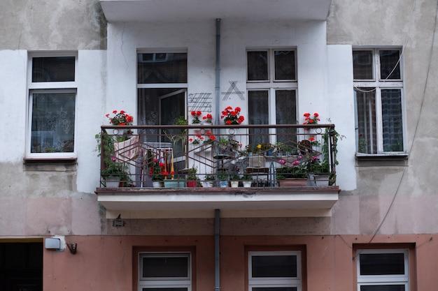 Balcone con fiori