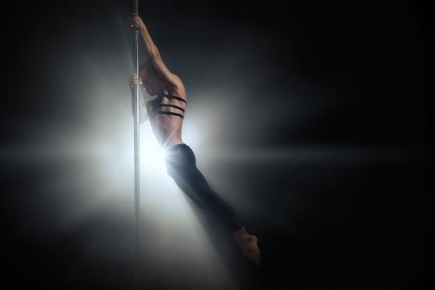 Ballerino del ballerino maschile