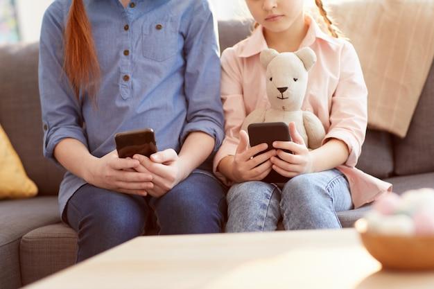 Bambini con dipendenza da smartphone