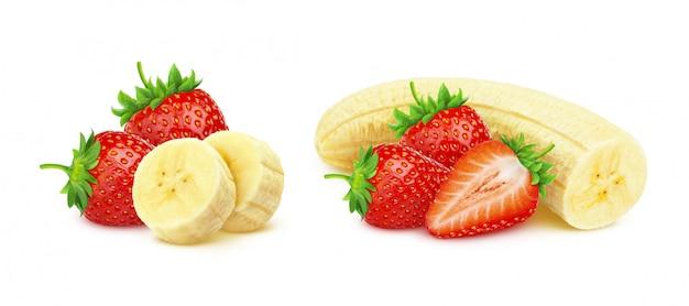 Banana e fragola isolate su fondo bianco con il percorso di ritaglio