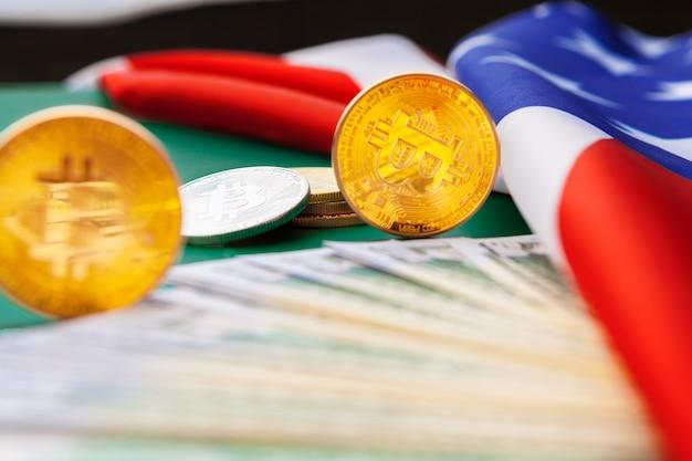 Bandiera americana e bitcoin, new economy su internet