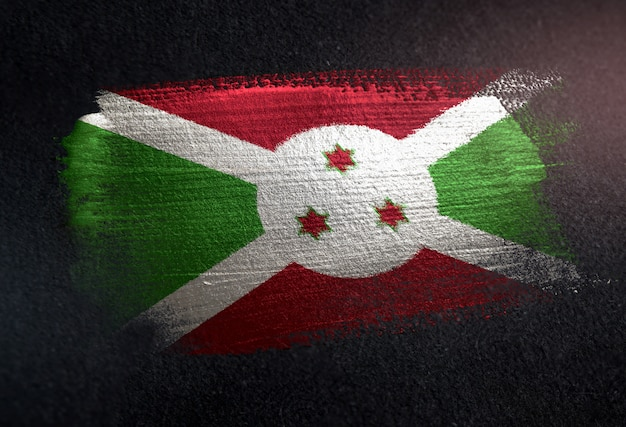 Bandiera del burundi fatta di vernice spazzola metallica sulla parete scura del grunge