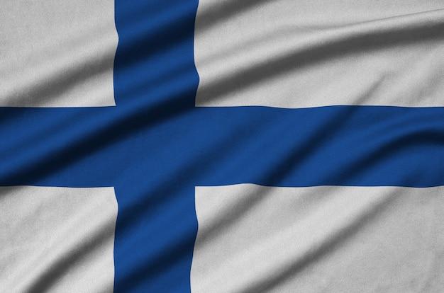 Bandiera della finlandia con molte pieghe.