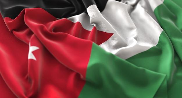 Bandiera della giordania ruffled splendamente sventolando macro close-up shot