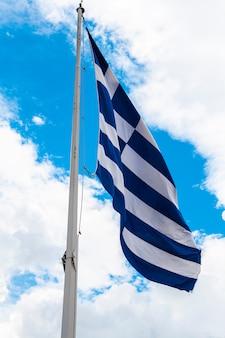 Bandiera della grecia sull'albero