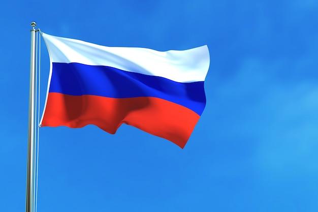 Bandiera della russia sullo sfondo del cielo blu