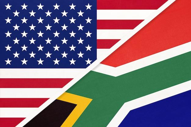 Bandiera nazionale usa vs repubblica del sud africa dal tessuto.