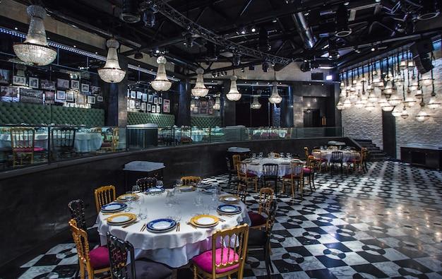 Bar, caffetteria, riprese interne di un ristorante di famiglia