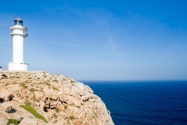 Barbaria formentera promontorio blu mare mediterraneo