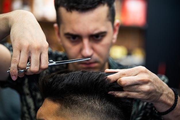 Barbiere parrucchiere e parrucchiere