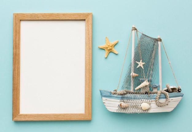 Barca a vela vista dall'alto con il concetto di telaio