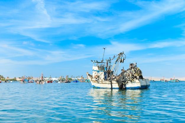 Barca al mare