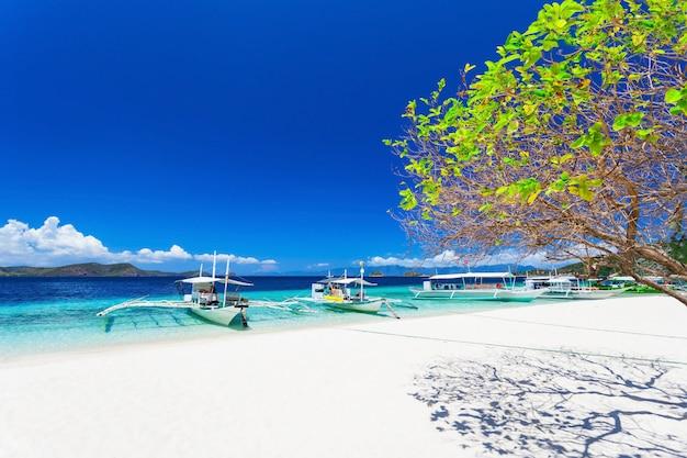 Barche sulla spiaggia